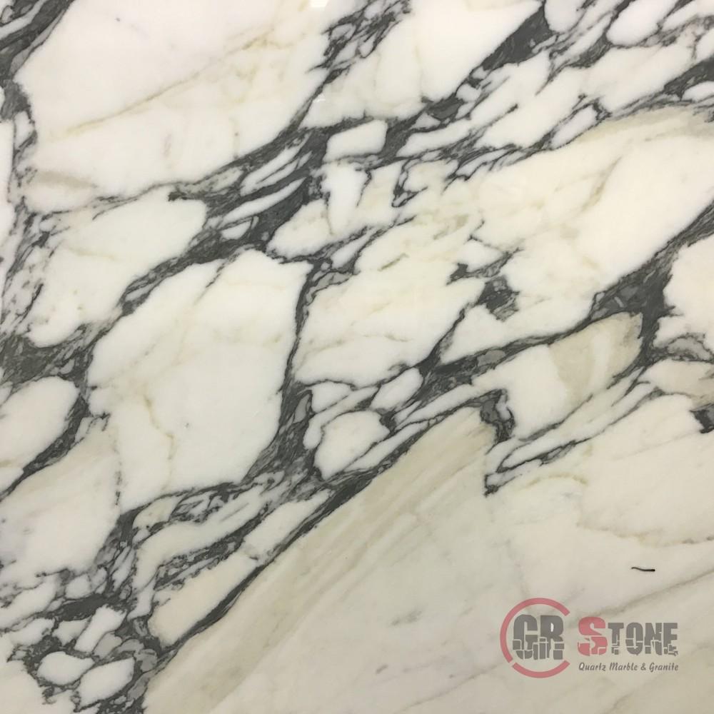 Marble – Calacatta Corchia-min